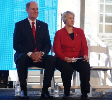 Southwest Airlines CEO and Houston Mayor Annise Parker.
